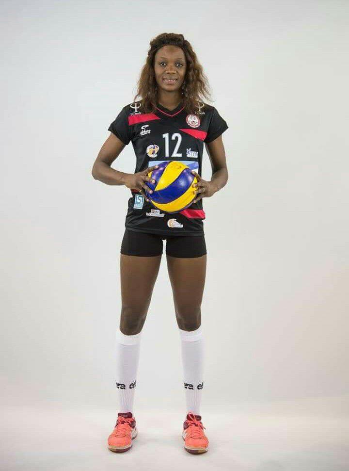 Fama Dione de Boukhou, pensionnaire de Racing Volley (France): «Ce qui manque au Volley-ball sénégalais»