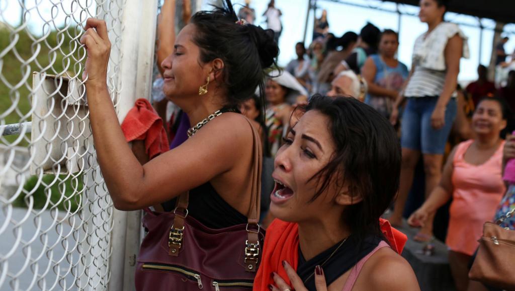 Brésil: des émeutes dans plusieurs prisons font une cinquantaine de morts