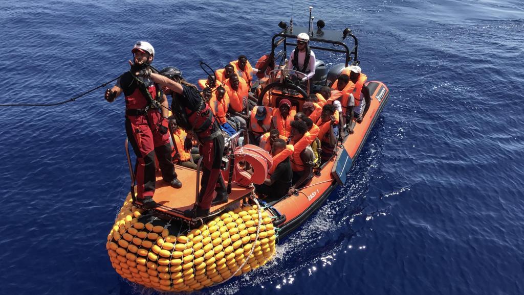 Union européenne: un pré-accord trouvé pour répartir les migrants sauvés en mer
