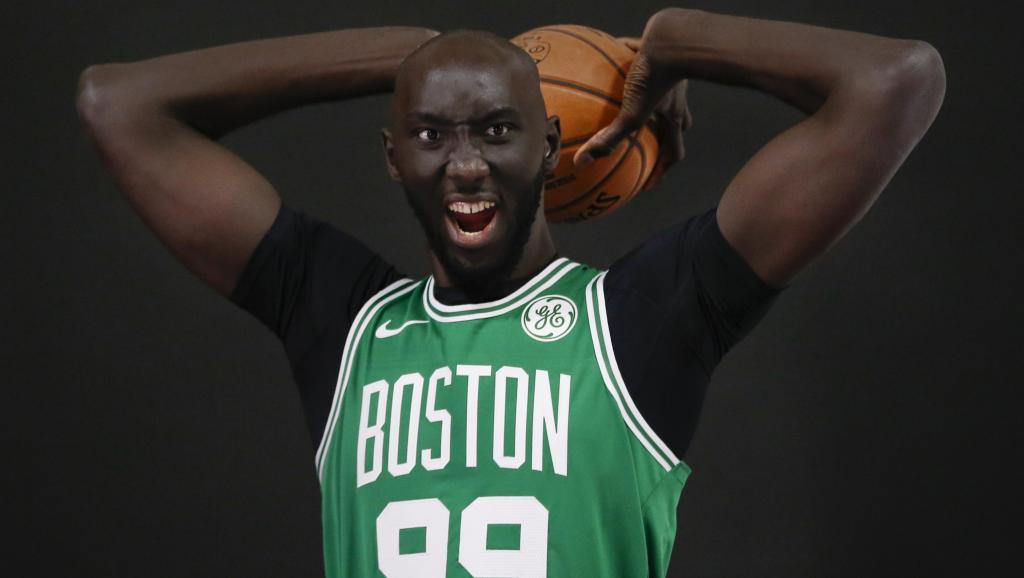 Basket NBA : Tacko Fall, le géant sénégalais qui fait (encore) le buzz