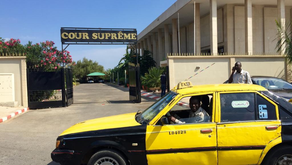 La société civile sénégalaise veut un réexamen de l'affaire Karim Wade