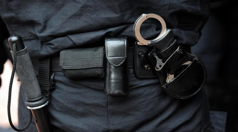 Yeumbeul: Un policier subit la furie des jeunes!