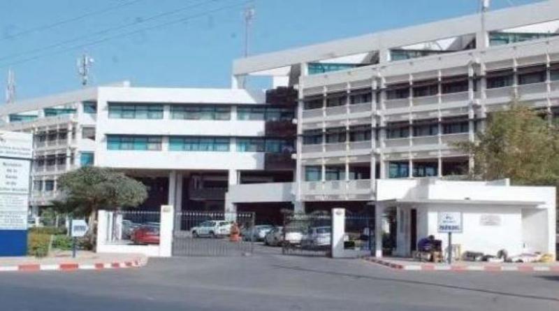 En sit-in, les internes des hôpitaux réclament de meilleures conditions de travail.